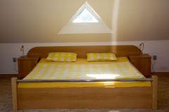 Prostorná dvoupokojová  ložnice